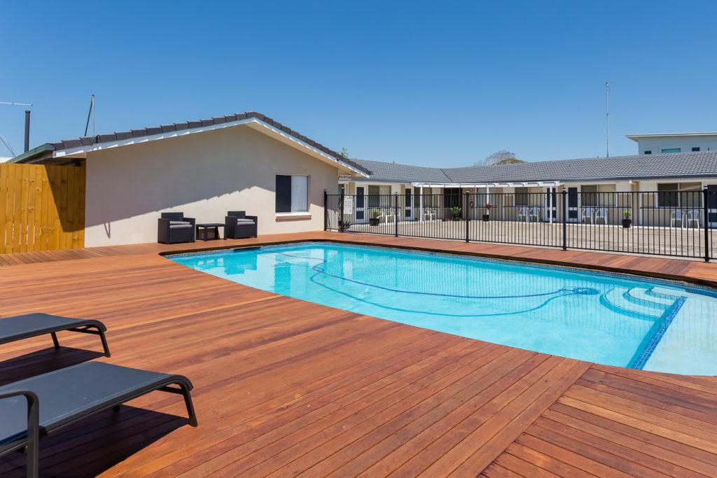 Pool-Area-e1512082510192